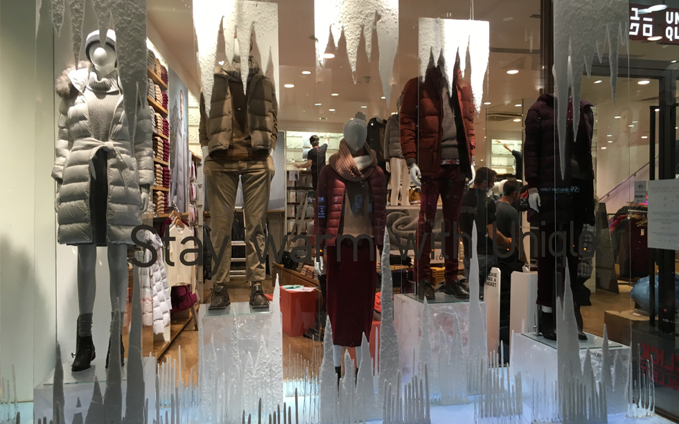 Winter window and in-store visual marketing design campaign done by Brightleaf for Uniqlo